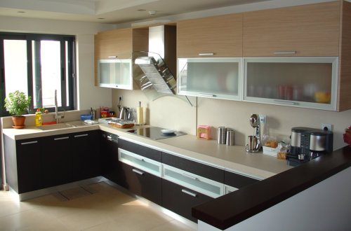 Kitchen and bathroom cabinets edmonton for A z kitchen cabinets ltd